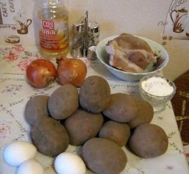 Картофельные пирожки с мясом жареные