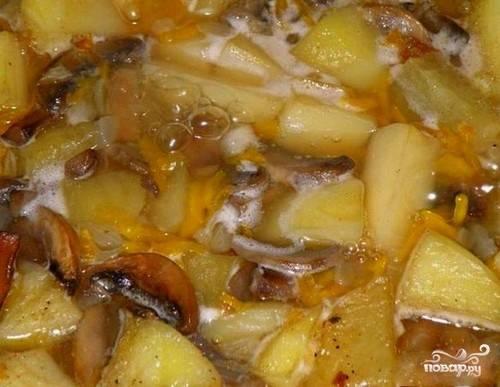 Тушеная картошка с шампиньонами - пошаговый рецепт с фото на