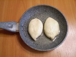 Пирожки с вишней жареные - фото шаг 10