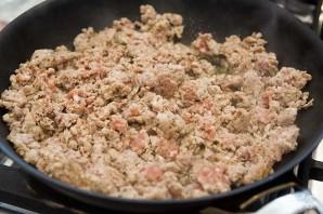Макароны под соусом в духовке - фото шаг 1