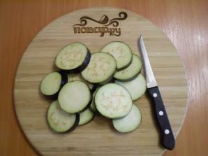 Жареные баклажаны с помидорами и сыром - фото шаг 2