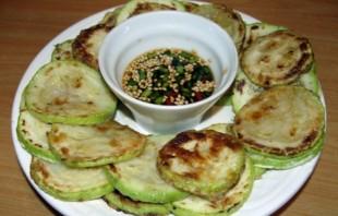 Жареные кабачки по-корейски - фото шаг 5