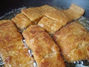 Рыба, жареная в сухарях - фото шаг 5