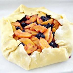 Пирог с черникой и персиками по-деревенски - фото шаг 16