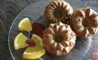 Кексы простые на кефире - фото шаг 8