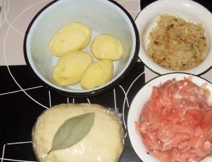 Расстегай с картошкой и мясом - фото шаг 1