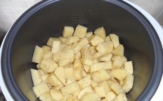 Семга с картошкой в мультиварке - фото шаг 2