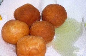 Дрожжевые пончики - фото шаг 6