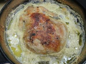 Курица в молоке в духовке - фото шаг 5