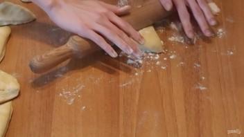 Лепешки наан с сыром и зеленью - фото шаг 4