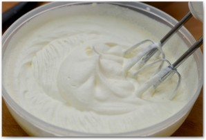 Вишневый чизкейк без выпечки - фото шаг 14