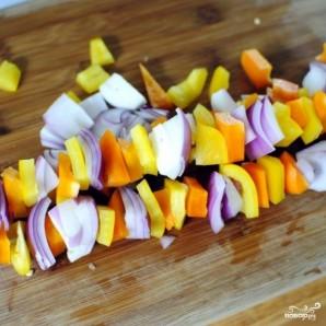 Садовый салат с арахисом - фото шаг 2