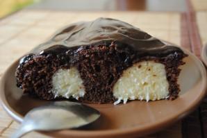Шоколадный пирог с творожными шариками - фото шаг 10