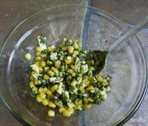 Салат с креветками и яйцами - фото шаг 6
