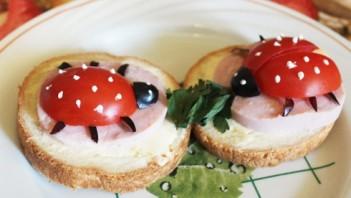 Маленькие бутерброды для детей - фото шаг 5