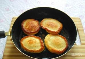 Сырники с творогом на сыворотке - фото шаг 5