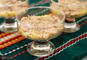 Салат из печени трески слоеный - фото шаг 3