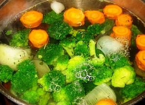 Сырный суп без мяса - фото шаг 1
