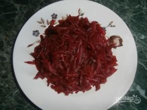 Салат из свеклы с сыром и яйцом - фото шаг 1