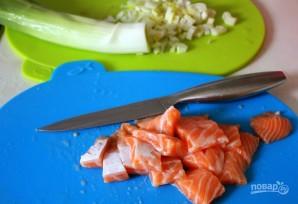 Финский суп из лосося - фото шаг 1