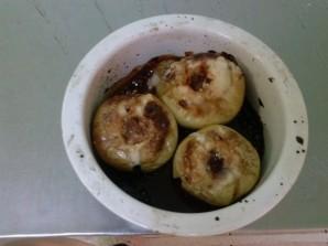 Запеченное яблоко с карамелью - фото шаг 7