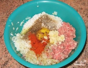 Тефтели с сырым рисом - фото шаг 2