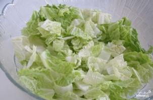 Салат из пекинской капусты с креветками - фото шаг 2