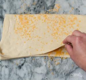 Слоеное тесто с сыром - фото шаг 5