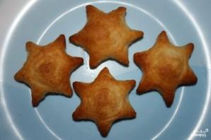Пирожки с рыбой из слоеного теста - фото шаг 10