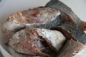 Тушеная рыба с морковью - фото шаг 1