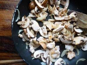 Паста тальятелле с соусом из курицы и грибов - фото шаг 3
