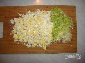 Салат с креветками и кальмаром - фото шаг 1