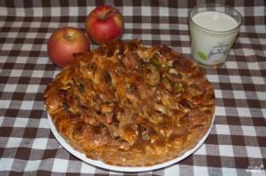 Пирог с яблоками из дрожжевого теста - фото шаг 6