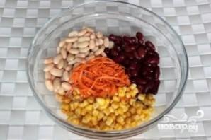 Салат из консервированной фасоли - фото шаг 1