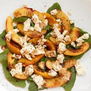 Салат из щавеля и персиков - фото шаг 5