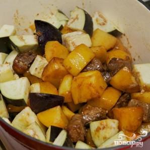 Тушенная утка с баклажанами и картофелем - фото шаг 11