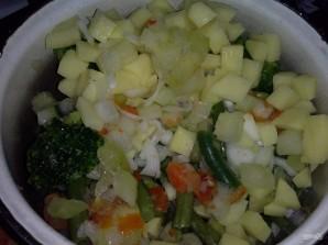 Синец с овощами на пару - фото шаг 4