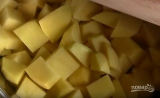 Курица с картофелем в лаваше - фото шаг 1