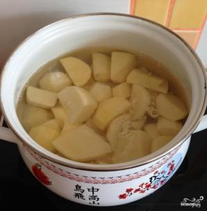 Картофельные зразы с фаршем в духовке - фото шаг 1
