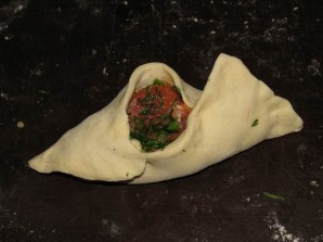 Пирожки с красной рыбой - фото шаг 6