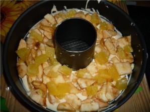 Шарлотка с апельсинами и яблоками - фото шаг 7