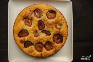 Пирог из сливы - фото шаг 10