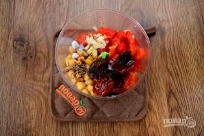 Хумус с запеченным перцем и вялеными томатами - фото шаг 3
