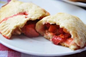 Пирожки с клубникой - фото шаг 8