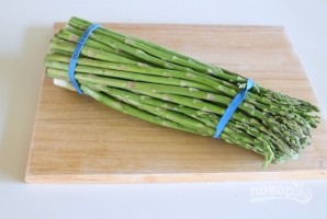Тушеная спаржа с овощами - фото шаг 1