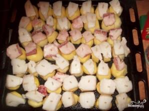 Картофель в духовке с салом - фото шаг 4
