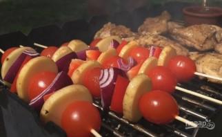 Вкусная курица на гриле (плюс соус барбекю) - фото шаг 9