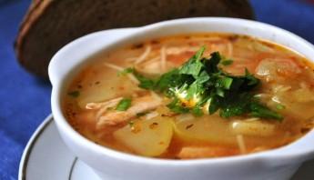 Суп с кабачками и курицей - фото шаг 7