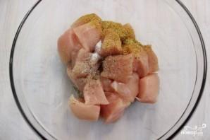 Куриное филе в сухарях - фото шаг 1