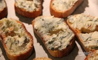 Брускетты с грушей и сыром - фото шаг 3